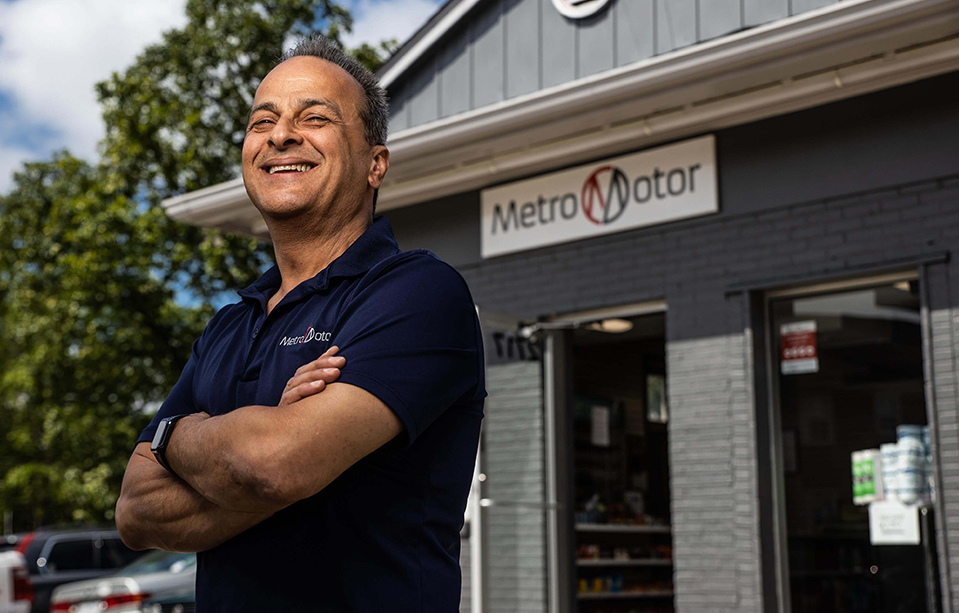 Metro Motor Dale City Auto repair shop manager